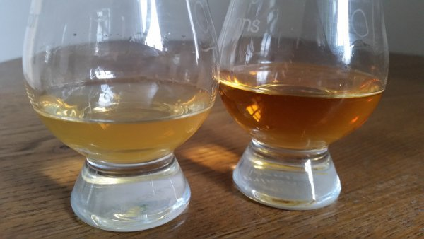 two glasses of whisky comparing chill-filtration